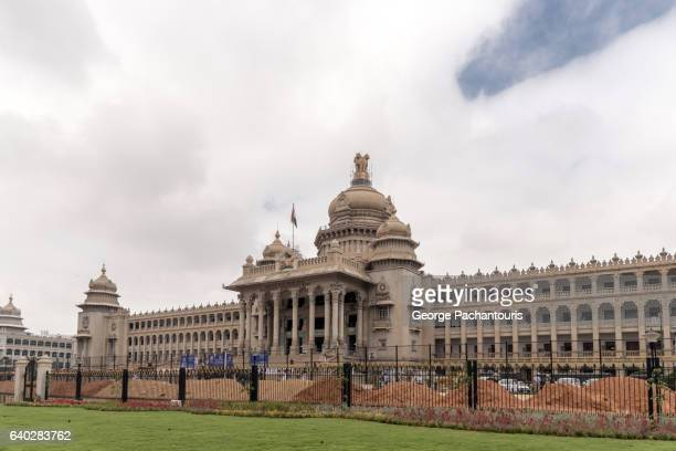 vidhana soudha, bangalore, india - bangalore stock pictures, royalty-free photos & images