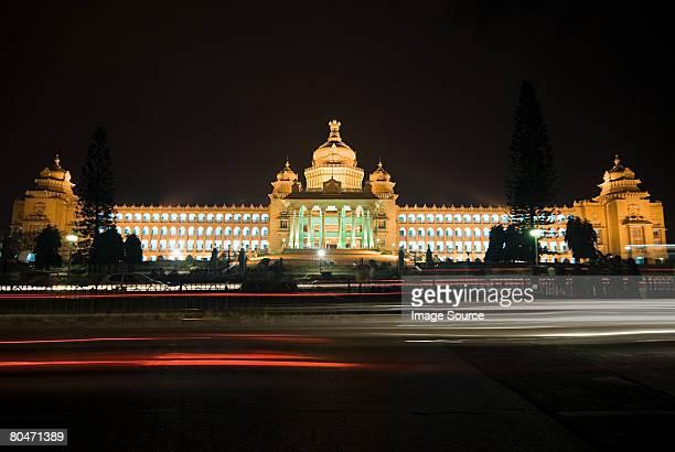 vidhana soudha bangalore - bangalore stock pictures, royalty-free photos & images