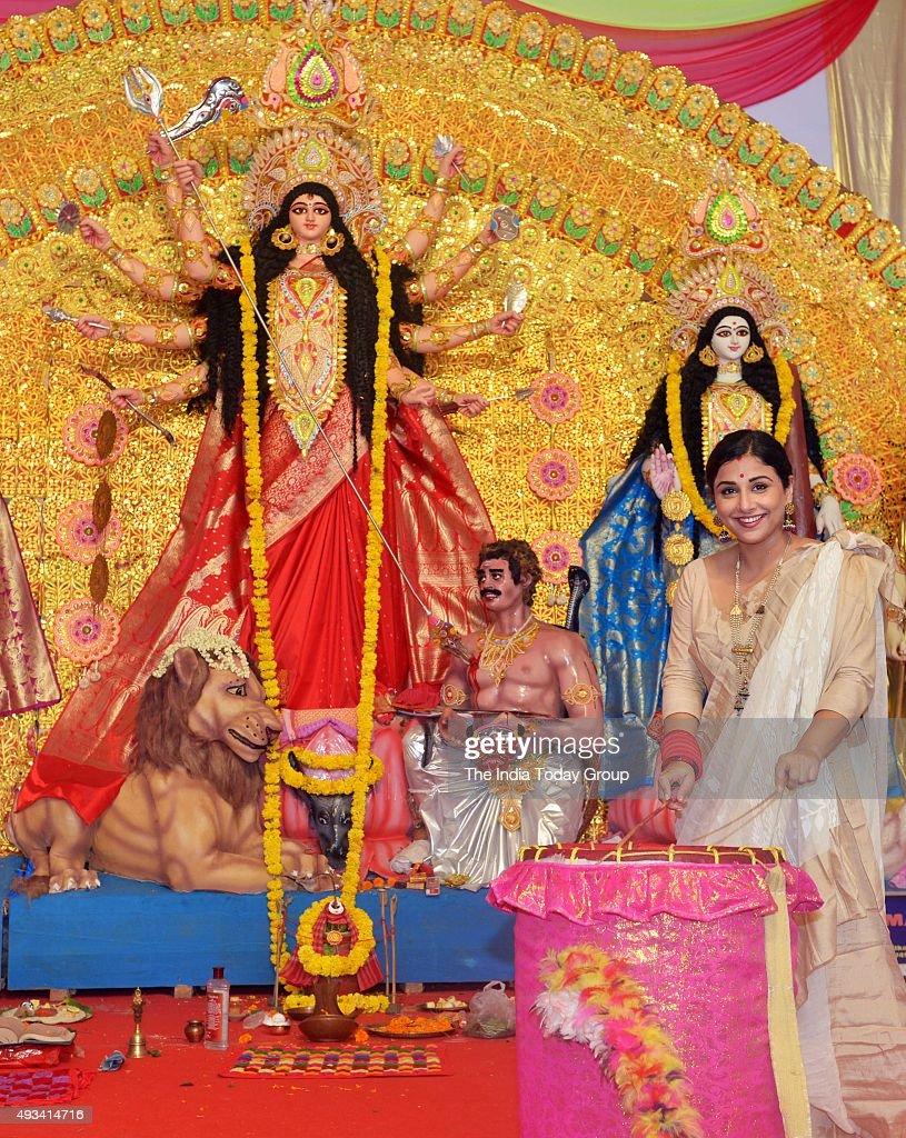 Vidya Balan with family at Durga pooja pandal in Mumbai