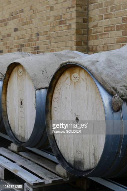 """Vieillissement en fûts de chêne à la distillerie de gin """"Beefeater Distillery"""", 20 Montford Place à Kennington le 25 novembre 2013, à Londres,..."""