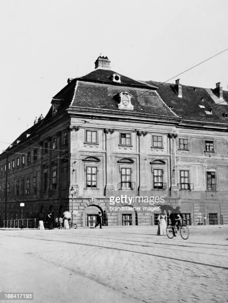 Corner house in Invalidenstrasse in Vienna About 1910 Photograph by Bruno Reiffenstein Wien 3 Eckhaus in der Invalidenstraße in Wien 3 Um 1910...