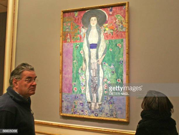 A picture taken 17 January 2006 shows visitors in front of Austrian art nouveau painter Gustav Klimt's Adele BlocherBauer II at the Belvedere palace...