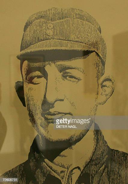 Picture taken 20 October 2006 shows a Chinese painting of Austrian Jewish doctor Jacob Rosenfeld at the Jewish Museum in Vienna. The exhibition is a...