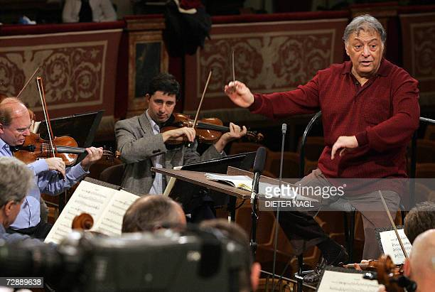 Indianborn conductor Zubin Mehta gestures during a rehearsal with the Vienna Philharmonic Orchestra for the 2007 New Year's Concert 28 December 2006...