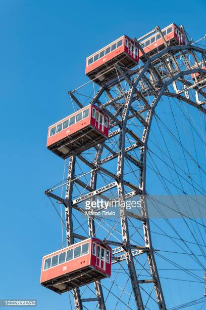 vienna austria. the wiener riesenrad (vienna giant wheel). prater - marco brivio stock pictures, royalty-free photos & images