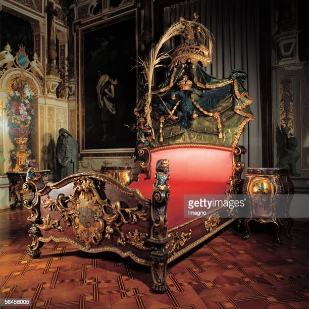 Vienna Hermesvilla in the Lainzer zoo Built by Carl von Hasenauer from 18821884 for Empress Elizabeth Socalled MakartSaloon bedroom of the Empress...
