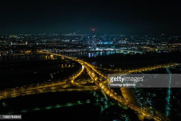 vienna-panorama bei nacht - wien österreich stock-fotos und bilder