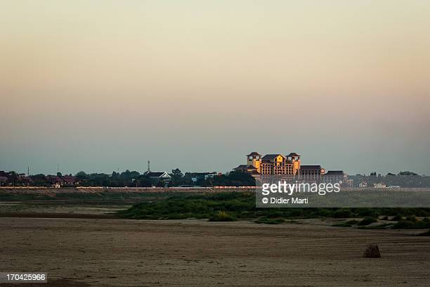 vientiane mekong river front - didier marti stock photos and pictures