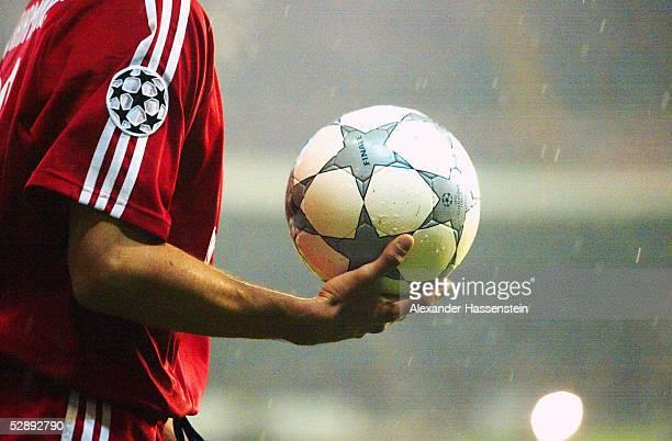 LEAGUE 01/02 Viertelfinale Madrid REAL MADRID FC BAYERN MUENCHEN 20 Hasan SALIHAMIDZIC/BAYERN CHAMPIONS LEAGUE BALL