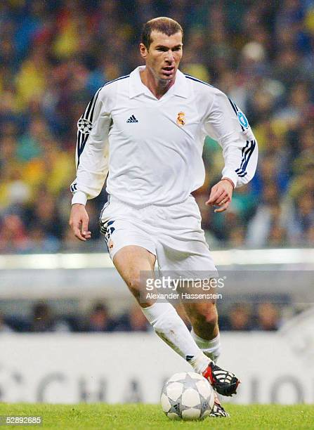 LEAGUE 01/02 Viertelfinale Madrid REAL MADRID FC BAYERN MUENCHEN 20 Zinedine ZIDANE/MADRID