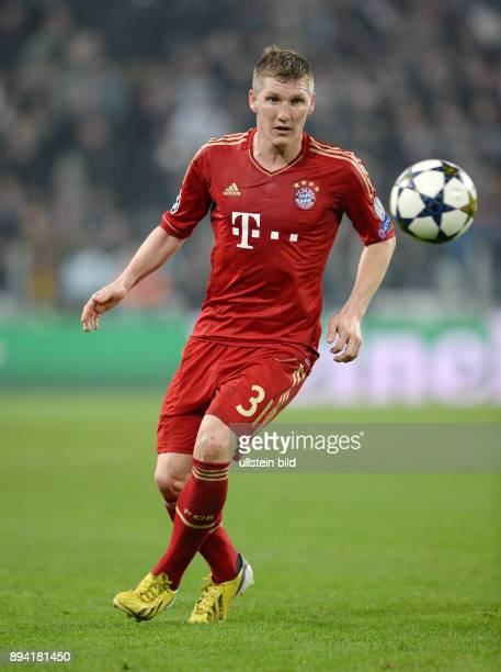 ViertelfinalRückspiel Saison 2012/2013 FUSSBALL CHAMPIONS Juventus Turin FC Bayern Muenchen Bastian Schweinsteiger am Ball