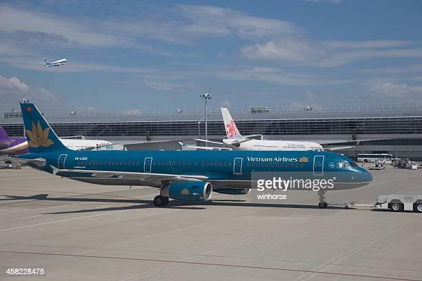 ベトナム航空のエアバス a321 - 中部国際空港 ストックフォトと画像