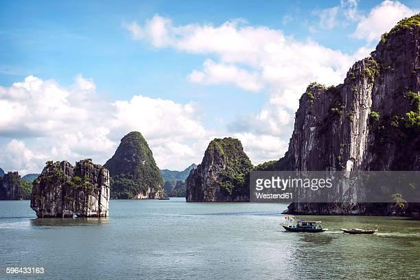 Vietnam, Gulf of Tonkin, Vinh Ha Long Bay