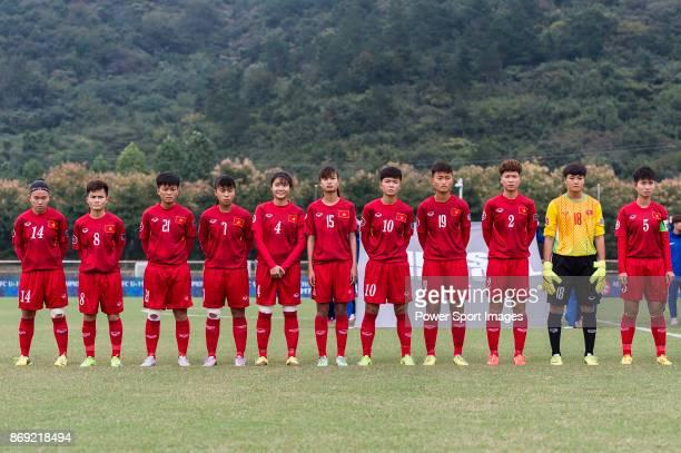 Vietnam squad pose for team photo Dinh Thi Thuy Dung Ha Thi Nhai Cu Thi Huynh Nhu Truc Huong Ngoc Le Nguyen Thi Hoa Tuyet Ngan Tran Thi Hai Linh Bui...