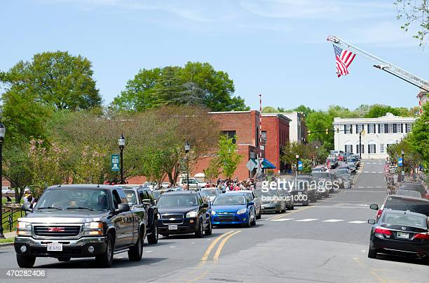 vietnam veteran funeral procession - hearse stock pictures, royalty-free photos & images