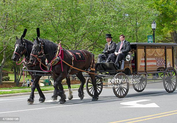 vietnam veteran patriotic parade - hearse stock photos and pictures