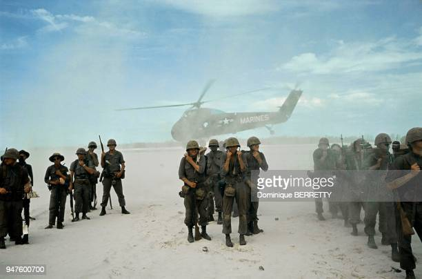 Vietnam war Marines 1965 Guerre du Vietnam Marines 1965