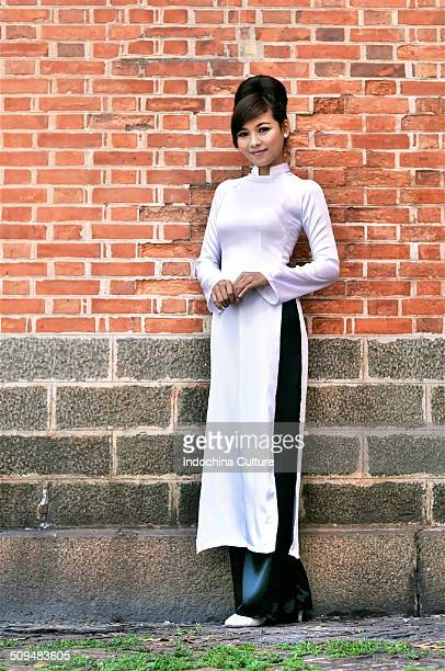 Vietnamese Lady in traditional Long Dress