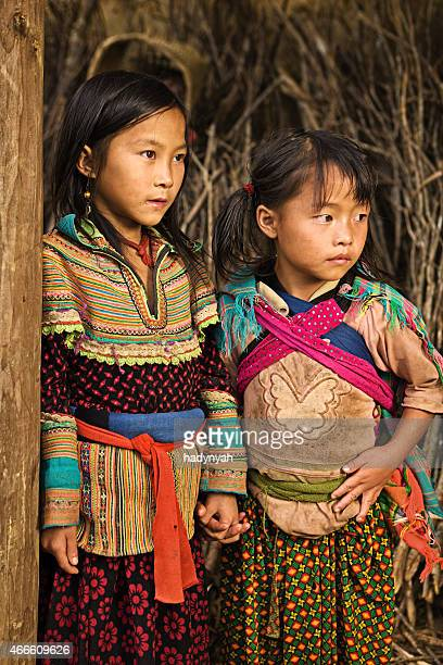 Vietnamese little girls from Flower Hmong Tribe