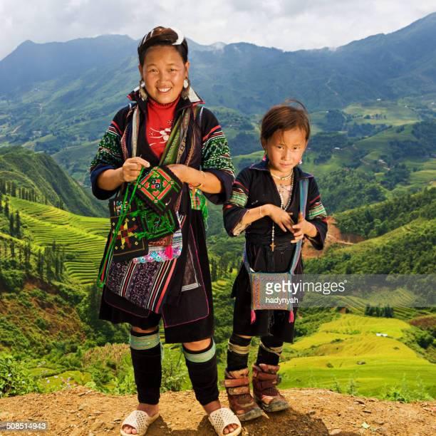 Cuisine vietnamienne minorité personnes-Femme en noir Hmong colline tribu