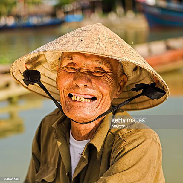 vietnamese old man - vietnamese ethnicity stock pictures, royalty-free photos & images