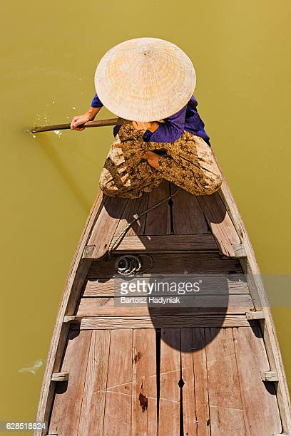 vietnamese water taxi in hoi an - vietnam stock pictures, royalty-free photos & images