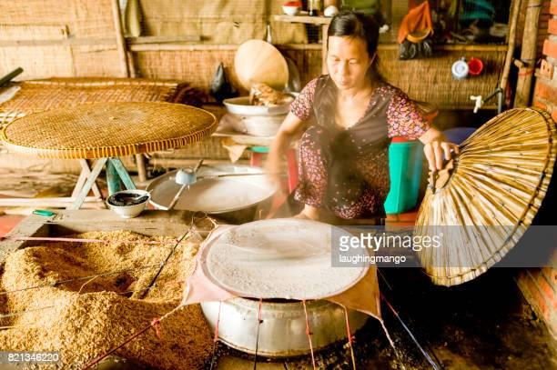 Vietnamesin gedünsteter Reis Kokos Crepe