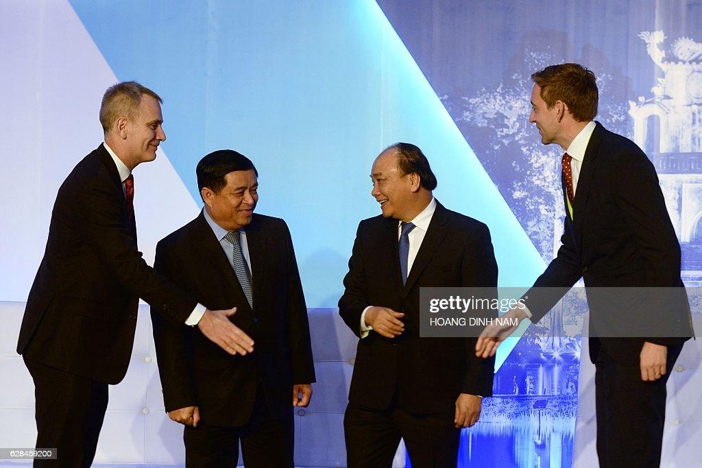 VIETNAM-BUSINESS-ASEAN-SUMMIT : News Photo