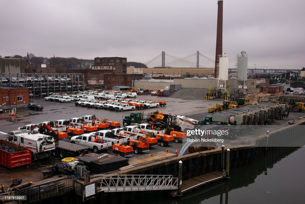 Newtown Creek In Queens, New York : News Photo