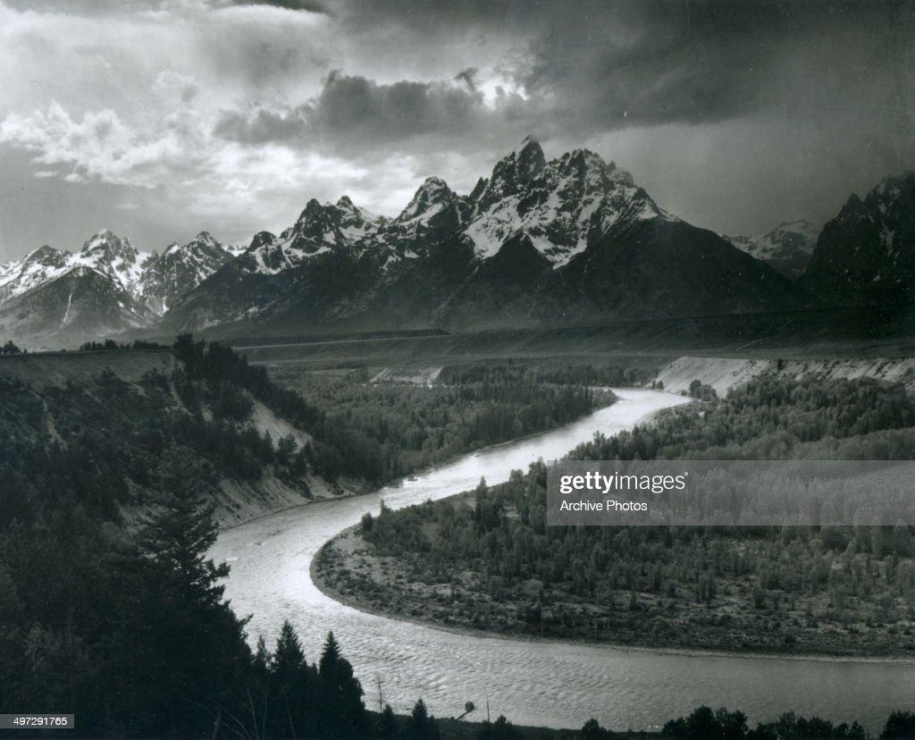 'The Tetons - Snake River' : News Photo