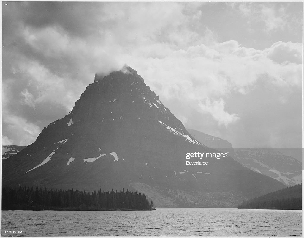 Two Medicine Lake : News Photo