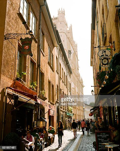 View along a typical crowded street in Lyon
