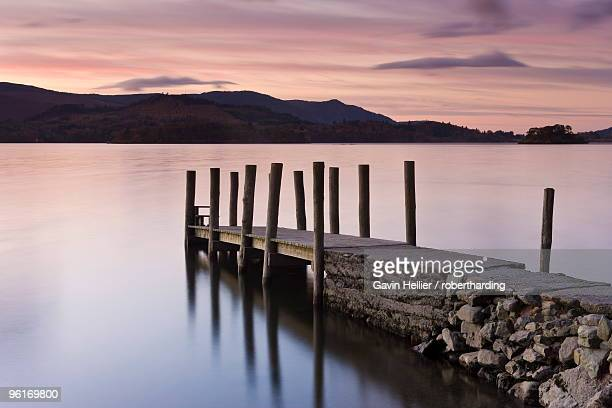 view along wooden jetty at barrow bay landing, derwent water, lake district national park, cumbria, england, united kingdom, europe - gavin hellier stock pictures, royalty-free photos & images