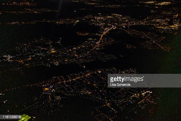 view at frankfurt am main from the plane - frankfurt international airport stock pictures, royalty-free photos & images