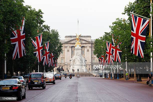 A view down the Mall looking towards Buckingham Palace the morning after the announcement of the birth of a son to The Duke Duchess Of Cambridge on...