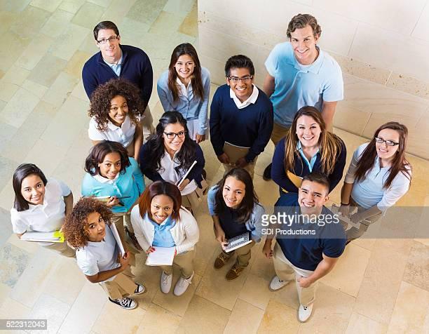 Vista desde arriba de diversas high school students privado