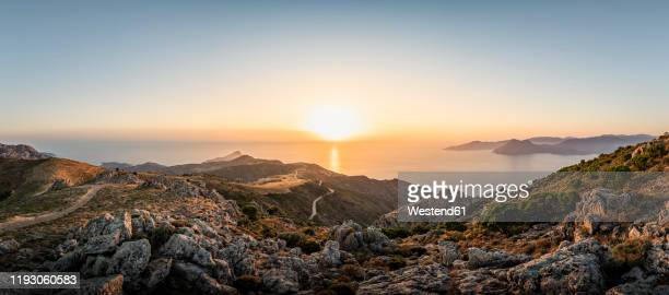 view from belvedere de saliccio at sunset, piana, corse-du-sud, corsica, france - corse photos et images de collection
