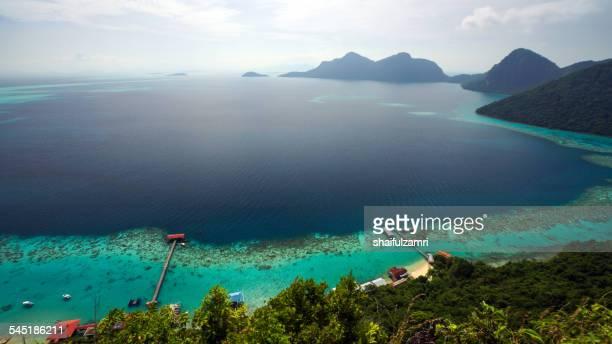 view from bohey dulang, malaysia. - shaifulzamri fotografías e imágenes de stock
