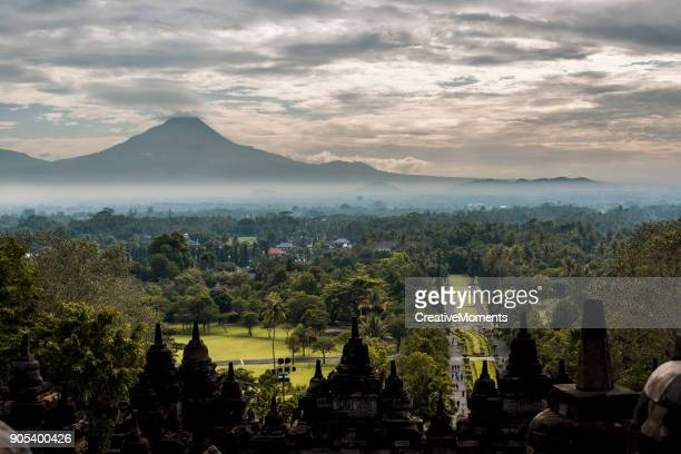 Blick vom Borobudur-Tempel