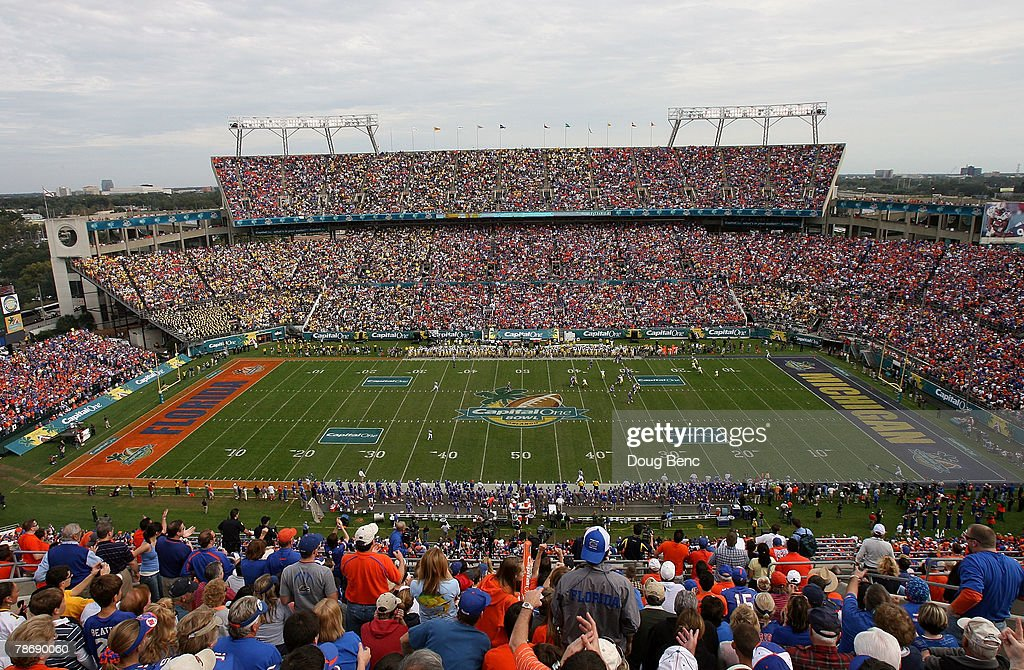 Capital One Bowl - Michigan v Florida : News Photo
