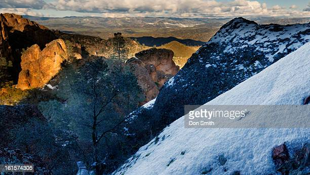 view from high peaks - don smith foto e immagini stock