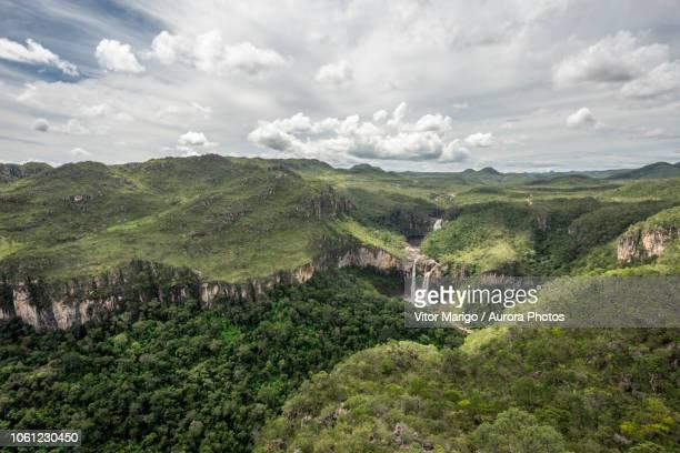 view from mirante da janela peak in chapada dos veadeiros, goias, brazil - cerrado stock pictures, royalty-free photos & images