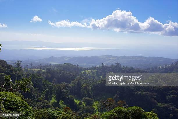 view from monteverde to nicoya peninsula, costa rica - península de nicoya fotografías e imágenes de stock