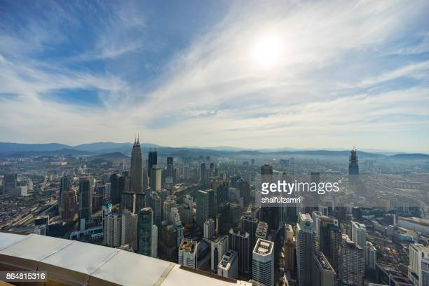 view from open deck and glass box of kuala lumpur tower, a highest telecommunication tower in malaysia (421 metres) and was completed on 1 march 1995. - shaifulzamri imagens e fotografias de stock