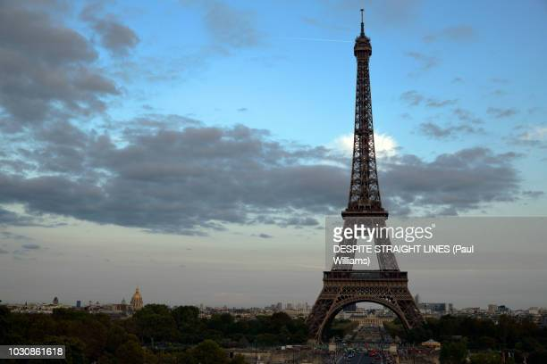 view from place du trocadero, paris, france - esplanade du trocadero stock pictures, royalty-free photos & images