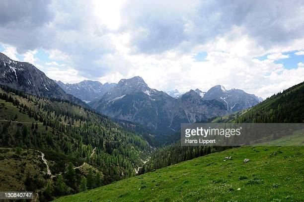 view from plumsjoch mountain onto the karwendel mountain range, rissbachtal valley, tyrol, austria, europe - karwendel mountains stock pictures, royalty-free photos & images