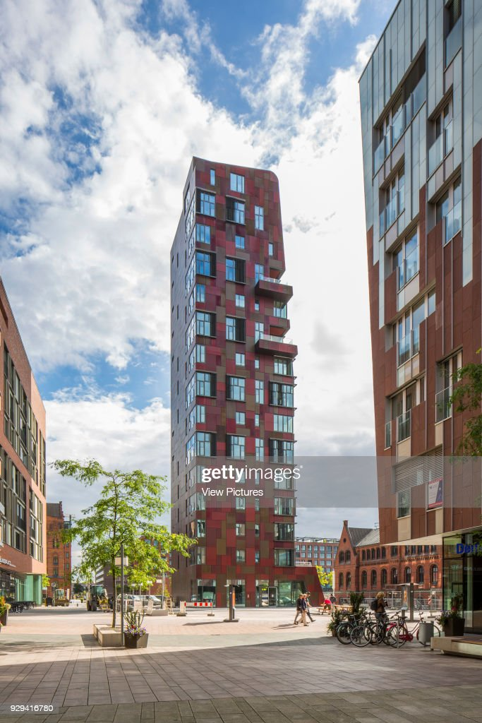 Cinnamon Tower Apartments, Hamburg, Germany. Architect: Bolles+