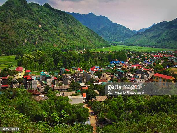 view from the 1,000 steps cave; mai chau, vietnam - mai chau stock pictures, royalty-free photos & images
