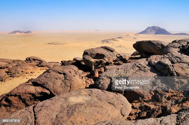 View from the Aicha monolith to the second largest monolith in the world, Ben Amira, Adrar region, Mauritania
