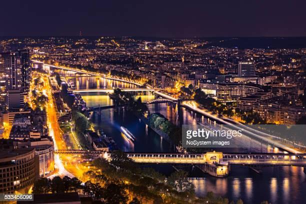 Vue depuis la tour Eiffel. Vue de nuit